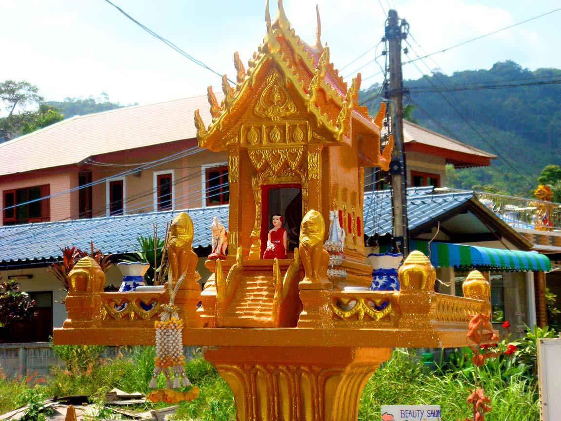 Thong-Nai-Pan-08