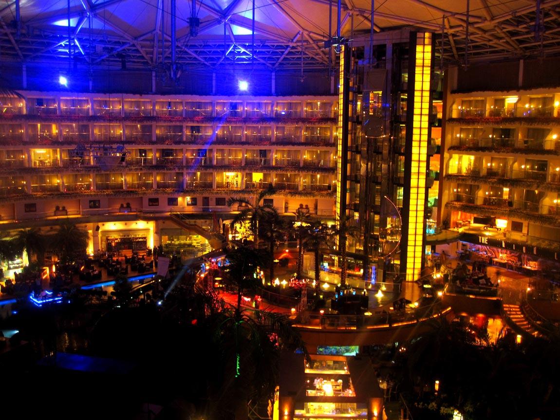 Sahara-Star-Hotel03