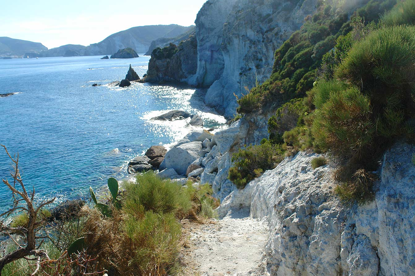 crique-secrete-ponza-03