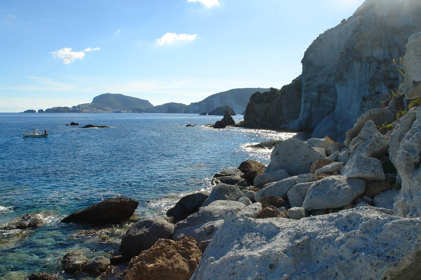 crique-secrete-ponza-04
