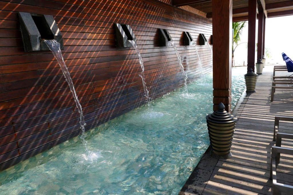 piscine-hilton-ngapali11