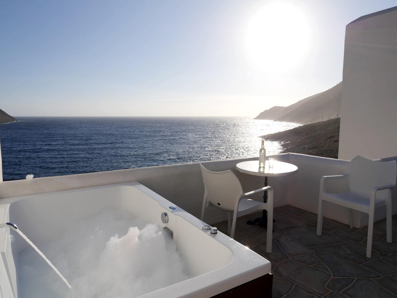 Delfini Hotel, Sifnos