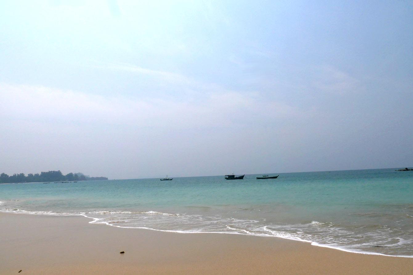 ngapali-beach-1-02