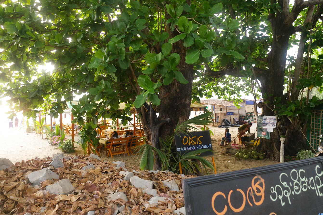 oasis-beach-bbq-restaurant-ngapali-01
