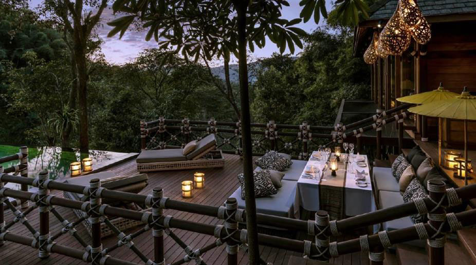 Le-Four-Seasons-Tented-Camp