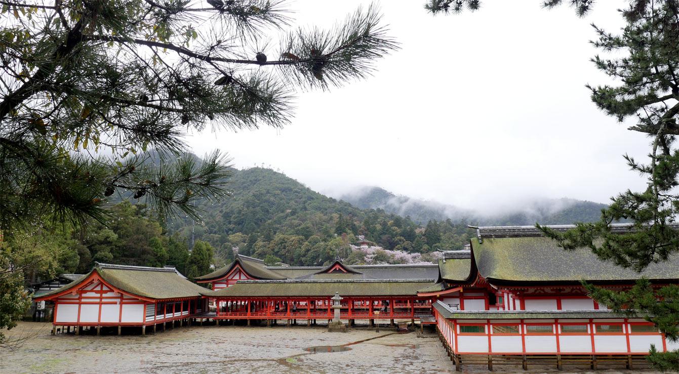 Sanctuaire d'Itsukushima (Miyajima), Japon