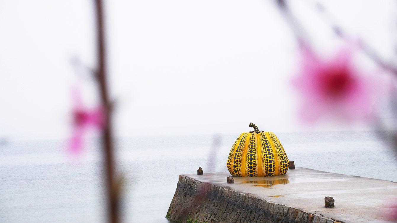 Yellow Pumpkin, Yayoi Kusama , Naoshima