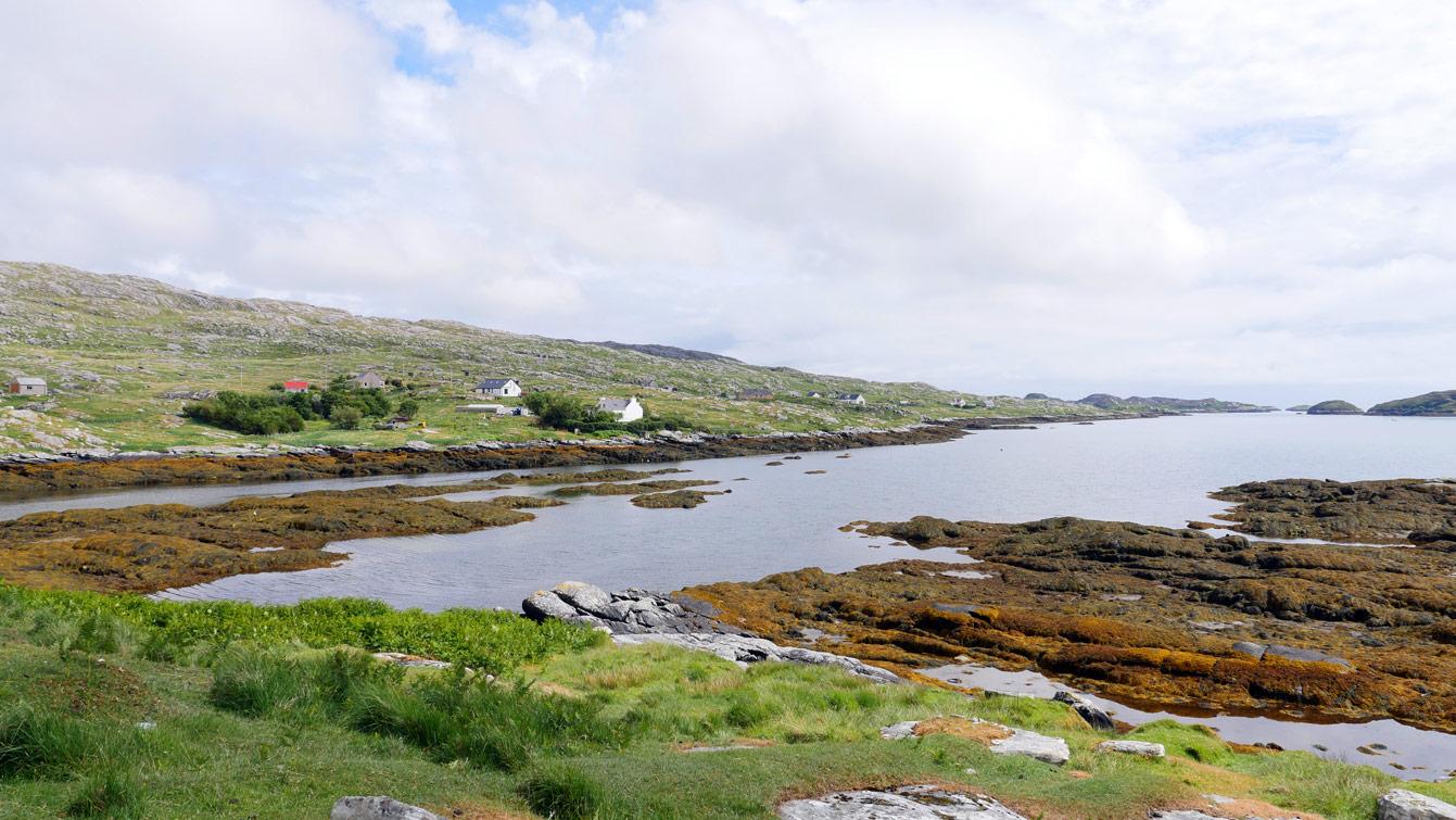 Aird Mhighe, La baie de Finsbay